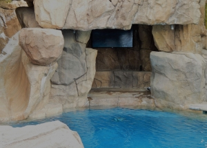 rock-of-ages-pool2